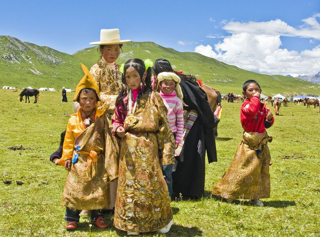 1200px-People_of_Tibet46