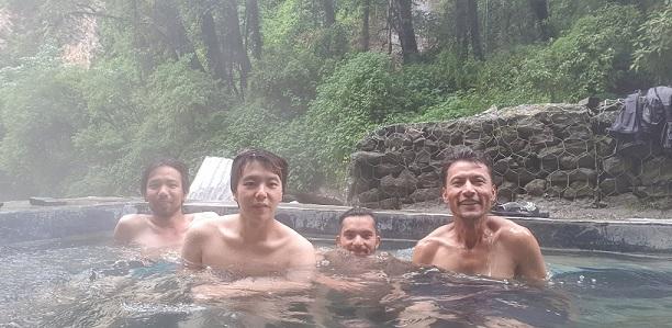 Annapurna trek hotspring