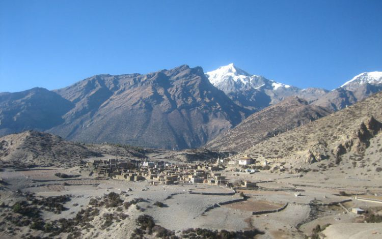 Nyawal-Village-at-Annapurna