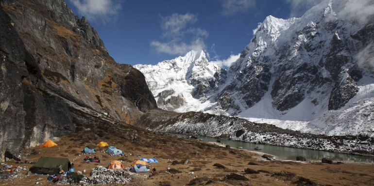 1413789122_makalu-base-camp-trek